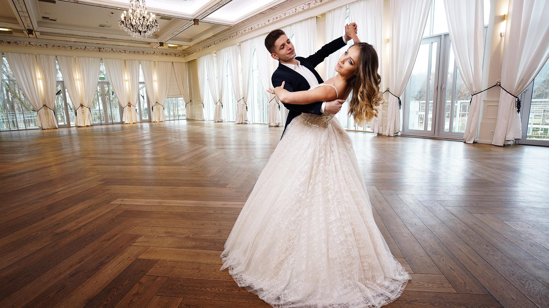 PREMIERA - Dumka Na Dwa Serca - Polska Piosenka na Pierwszy Taniec